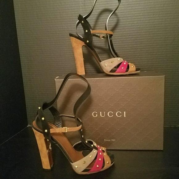 8126d16d08b6 Gucci Shoes - Gucci